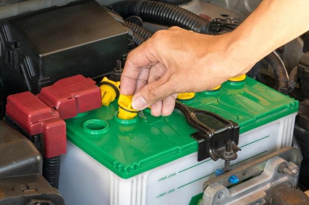 החלפת מצבר - איך לבחור את המצבר שהכי מתאים לרכב שלך